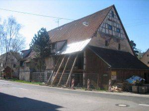 Lehenshof und ehemaliges Gasthaus Hirsch um 2015 abgebrochen.