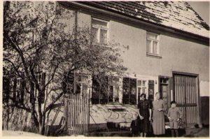 Zweistöckig 1942