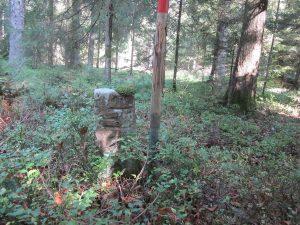 Grenzstein mit Hausmarke