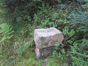 abgebrochene Grenzstein Nr. 9